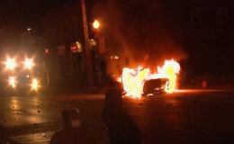 Protesters Riot in Ferguson Setting Buildings, Cars Alight