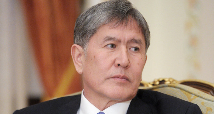 Kyrgyz President Almazbek Atambayev believes the US State Department's decision to grant a human rights award to an activist charged with organizing ethnic clashes in his country served as an attempt to create a situation of controlled chaos in Kyrgyzstan.