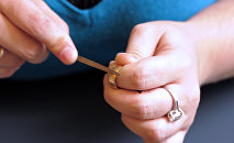 Denmark row over refugee jewelry