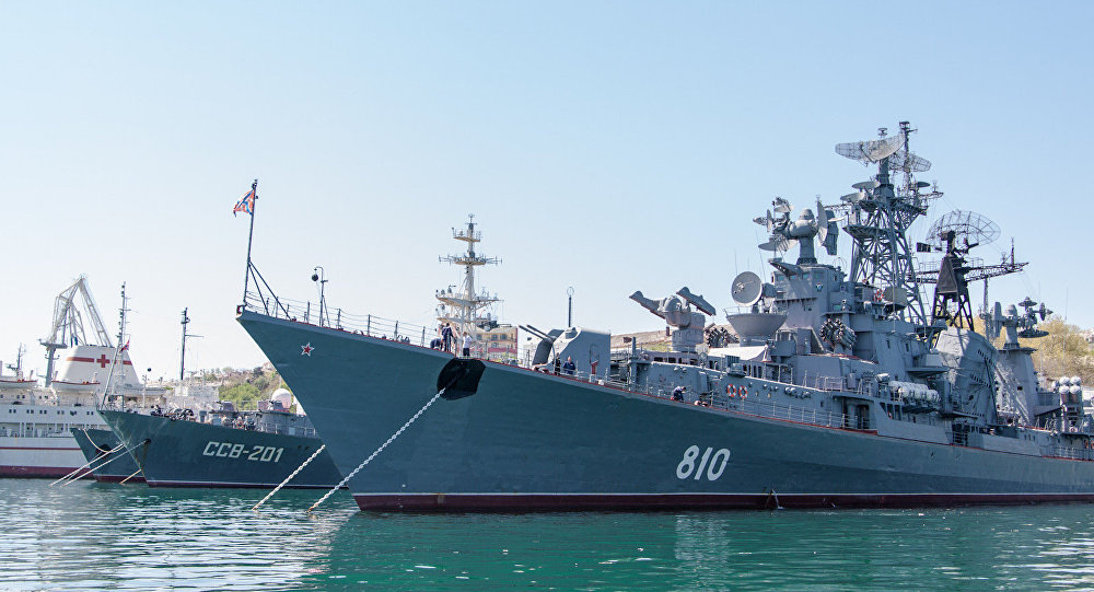 The Russian guided missile destroyer Smetlivy