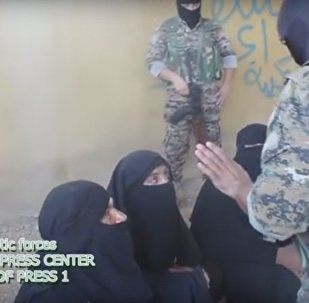 Daesh Militants Attempted to Flee Manbij in Women's Clothes