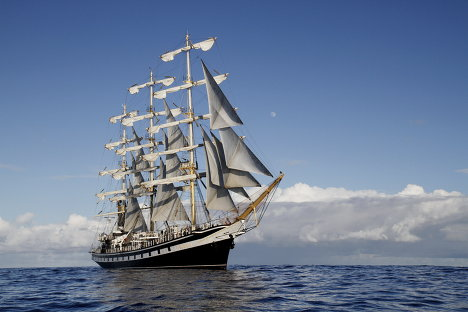 The frigate Pallada sailing the Pacific
