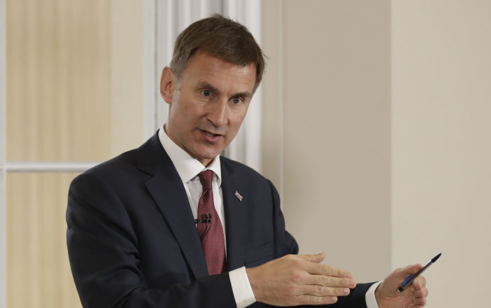 "Jeremy Hunt Ridiculed For ""Whiter Than White"" Comment Over Tory Party Islamophobia Probe"
