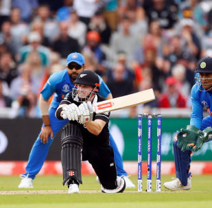 Cricket - ICC Cricket World Cup Semi Final - India v New Zealand - Old Trafford, Manchester, Britain - July 9, 2019 New Zealand's Henry Nicholls in action