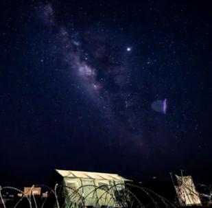 US service member films timelapse video of Milky Way on US airbase in Niger