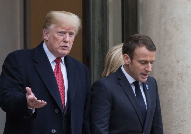 US President Donald Trump (left) and French President Emmanuel Macron