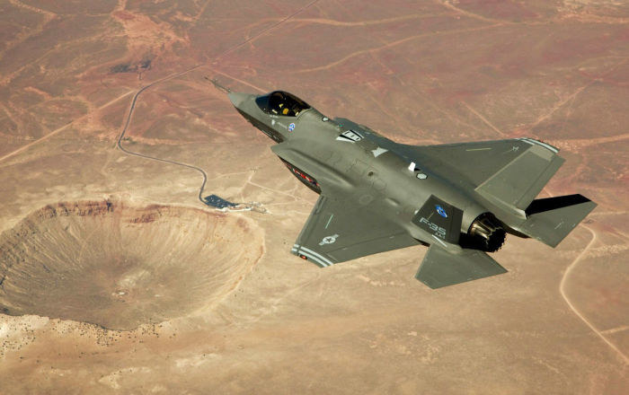 Pentagon Mulls Deploying F-35 Jets to UK Base Lakenheath -