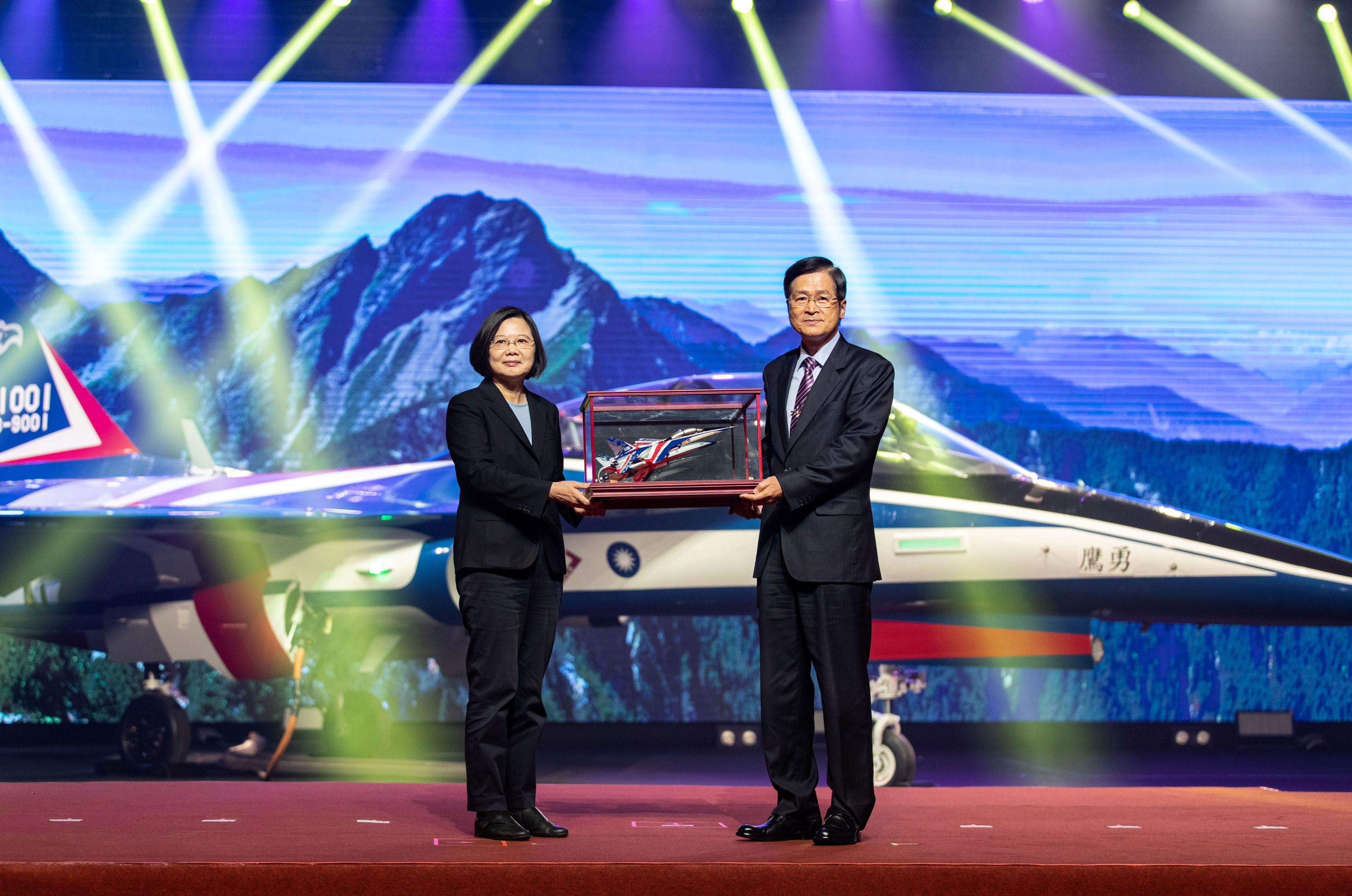 Taiwan's President Tsai Ing-wen attends an unveiling ceremony for a prototype of advanced jet trainer Brave Eagle in Taichung, Taiwan September 24, 2019. Military News Agency/Handout via Reuters.