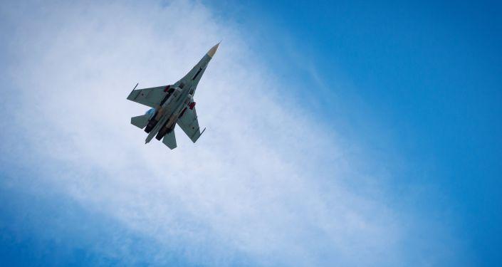 Russia Scrambles Su-27 to Intercept US Navy Reconnaissance Jet Over Black Sea