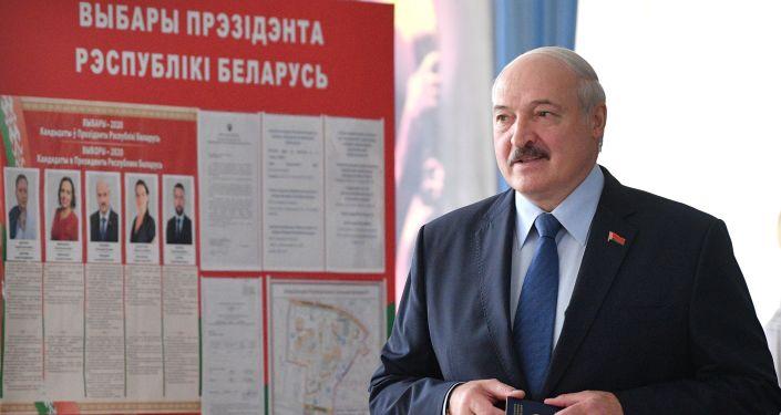 Alexander Lukashenko Seeks to Discuss Current Situation in Belarus With President Putin