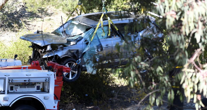 Tiger Woods Had Multiple 'Open Fractures' After High-Speed Crash, Surgeon Says