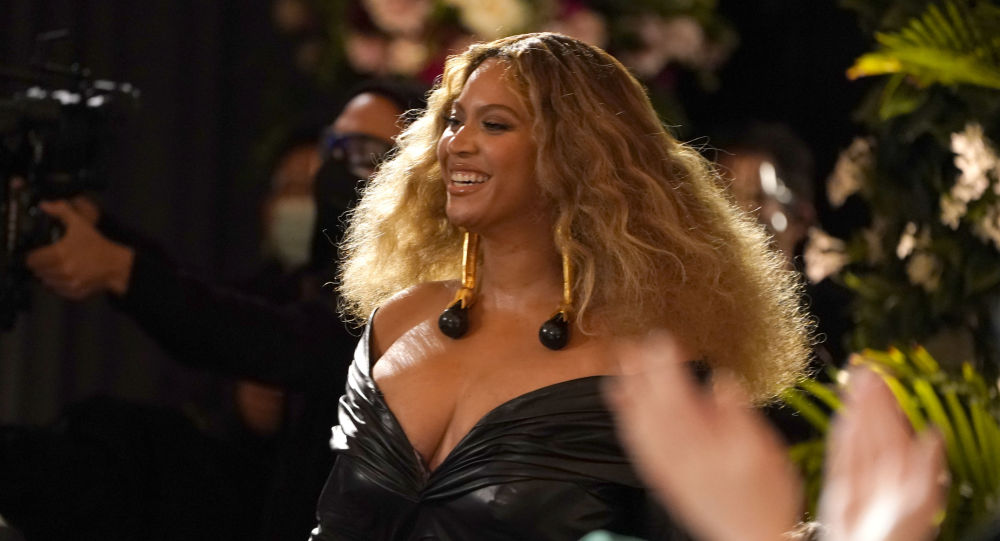 'I've Struggled With Insomnia': Beyonce Opens Up on How Tours Have Taken a Toll on Her