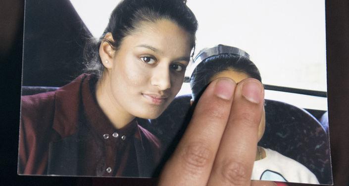 Ex-Daesh Bride Shamima Begum Says She Was 'Dumb Kid' Who Made 'One Mistake,' Wants UK Return