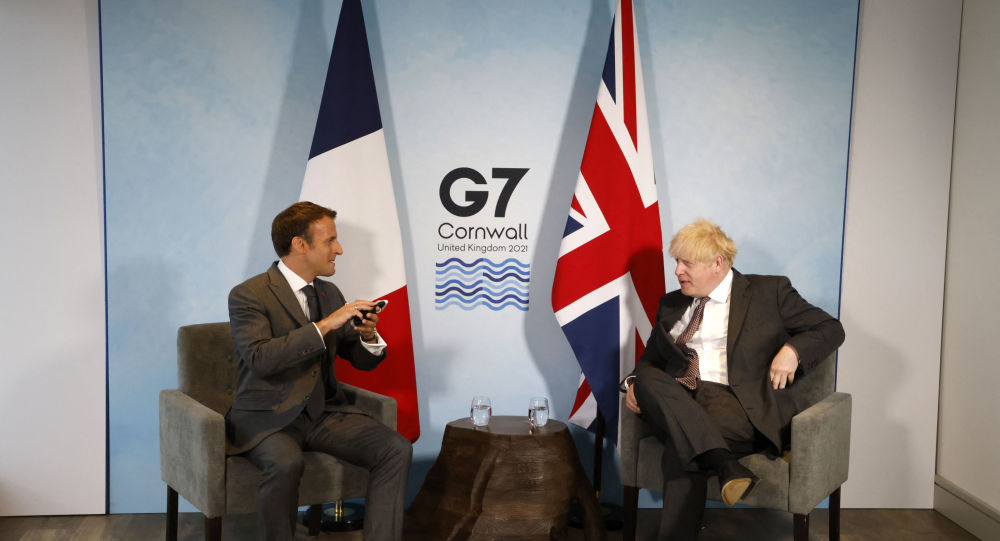 Sausage Wars: Johnson Reportedly Infuriated After Macron Suggests Northern Ireland is Not Part of UK