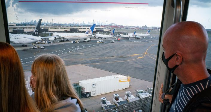 Super-Transmissive Delta Variant Cited as Biden Admin Keeps Travel Restrictions in Place