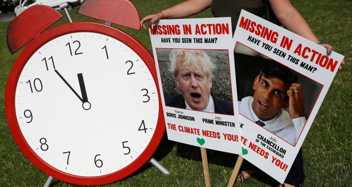 Johnson dilaporkan mahu membenarkan mereka yang divaksinasi dengan tembakan Rusia dan China ke COP26