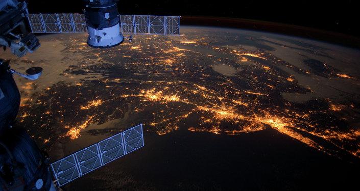 SpaceRaceTop Atlantic Coast At Night
