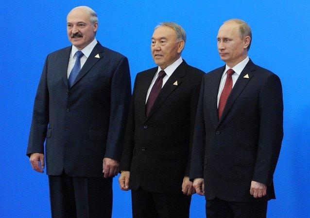 Vladimir Putin, Nursultan Nazarbayev and Alexander Lukashenko will meet in Astana to discuss the Ukrainian reconciliation.