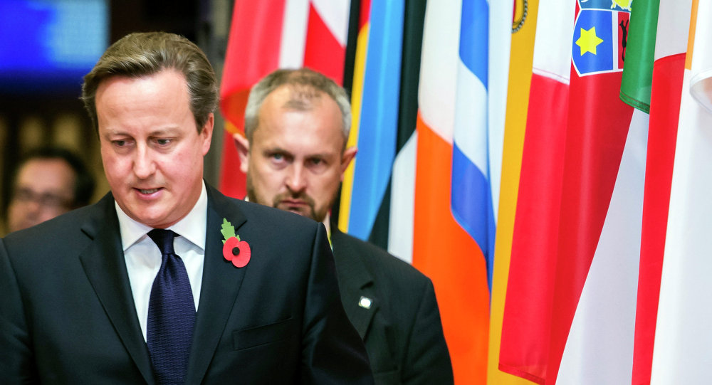 """david cameron's dangerous game France has warned prime minister david cameron that a referendum on britain's european union membership is risky and """"dangerous,"""" while german chancellor angela merkel has indicated reforms are possible."""