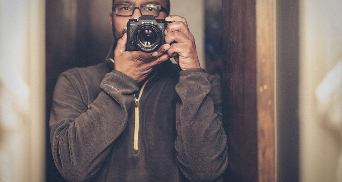 A new study shows people who are voracious #selfie posters on sites like Facebook and Instagram tend to have higher levels of narcissism and psychopathic behaviors.