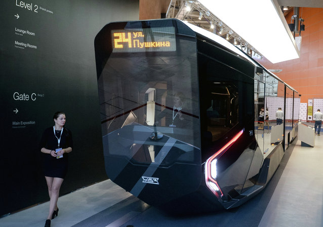 The prototype of the low-floor modular tram car of new generation of R1