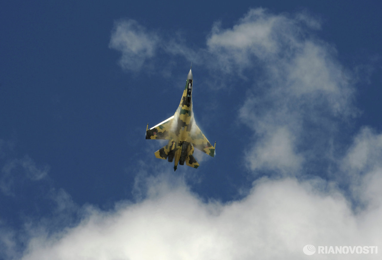 Russian pilots prepare for MAKS-2009 air show in Zhukovsky