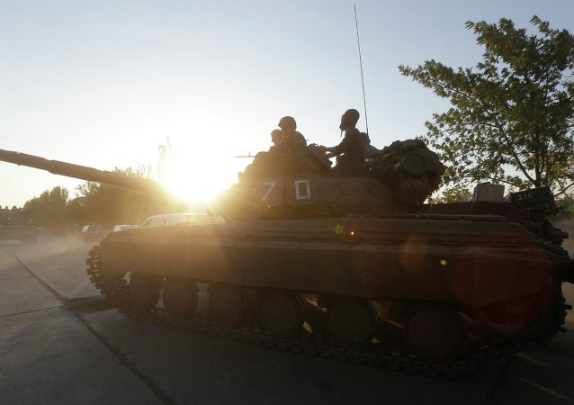 Washington expresses concern over the reports on the movements of heavy weapons and tanks near the front lines in eastern Ukraine