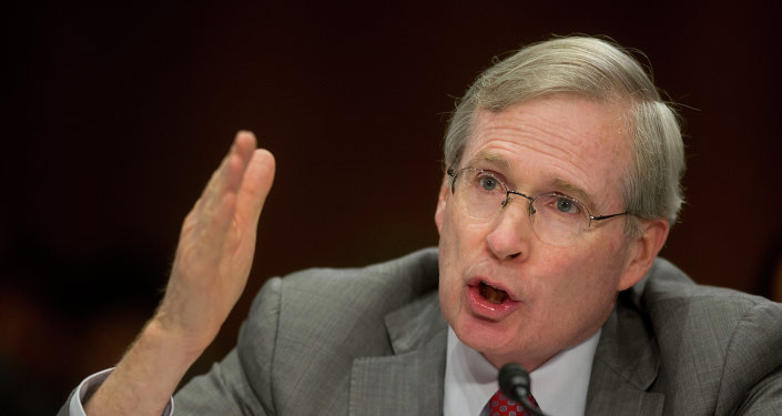 Former National Security Adviser Stephen Hadley testifies on Capitol Hill in Washington, Wednesday, July 9, 2014