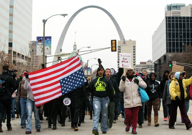Demonstrators march to City Hal