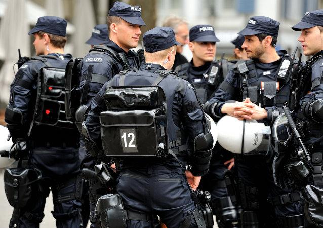 Swiss police in Zurich