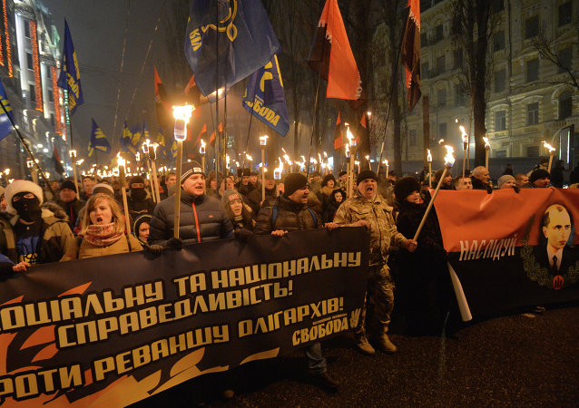 On January 1 Russian LifeNews TV channel reported that two of its journalists have been attacked while covering the nationalists torchlight march in Kiev.