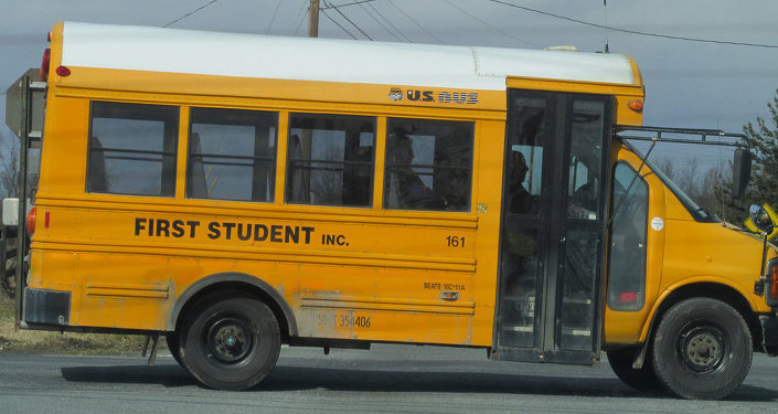 US BUS Chevy