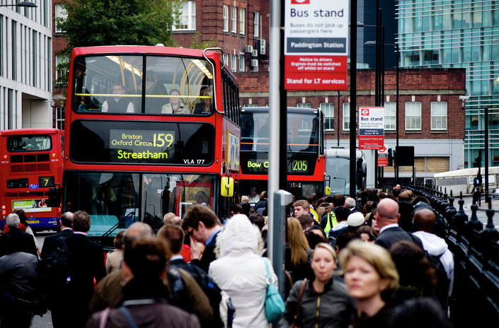 Crowded bus stand in London