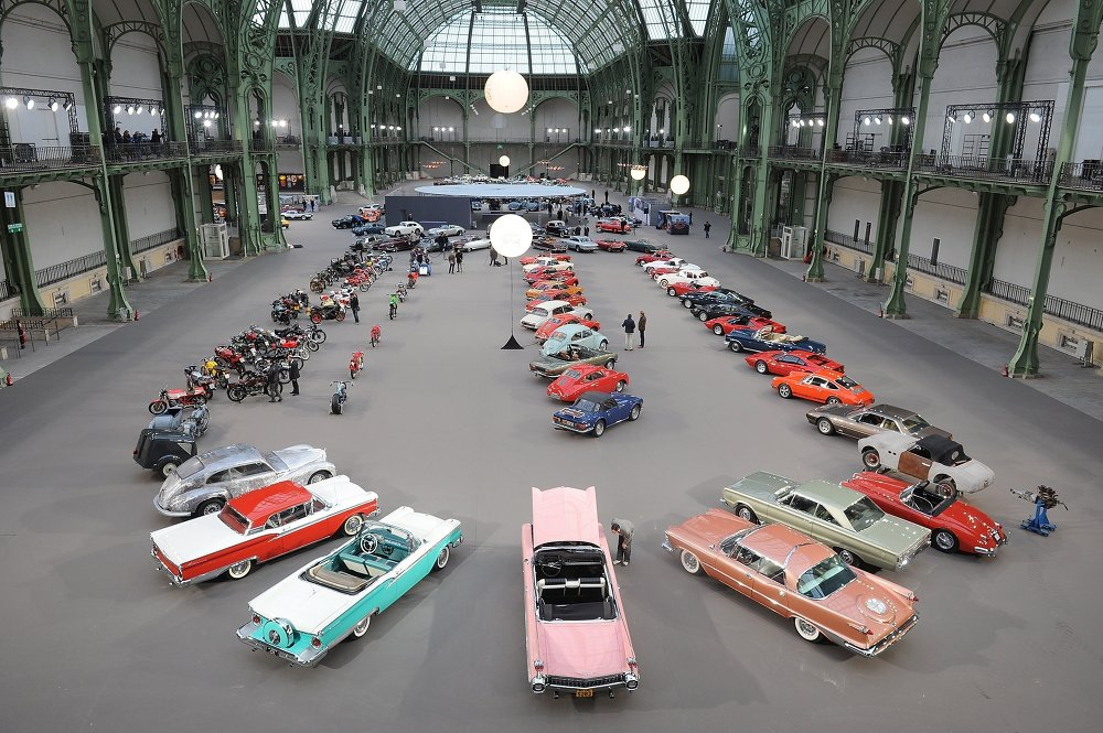 The Discreet Charm of the Past: Vintage Cars Auction in Paris