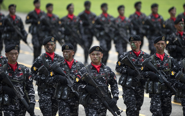 Philippines Boosts Military Spending to Record Highs Amid S. China Sea Row