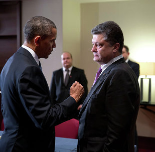 President Barack Obama talks with Ukrainian President  Petro Poroshenko