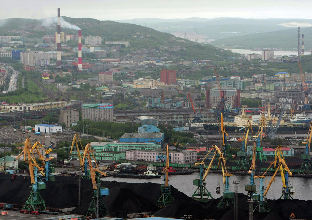 Commissioning of Prirazlomnaya platform rig in Murmansk