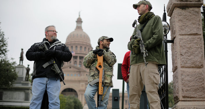 Texans Can Soon Tote Handguns Without a License as Gov. Greg Abbott Signs 'Permitless Carry' Bill