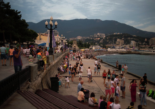 Tourist season in Yalta