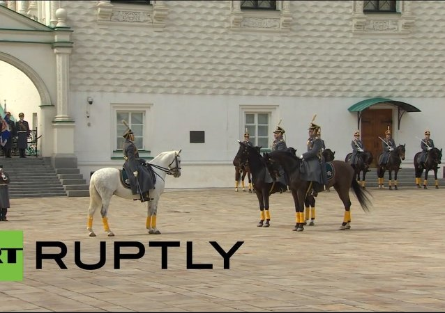 Russia: See the first cavalry guard change of 2015