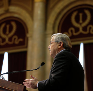 Iowa Gov. Terry Branstad delivers his annual Condition of the State address before a joint session of the Iowa General Assembly, Tuesday, Jan. 13, 2015, at the Statehouse in Des Moines, Iowa.