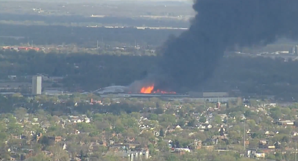 Massive Fire in South Columbus