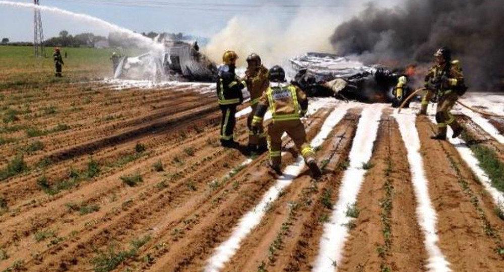 Plane crash near Seville, Spain