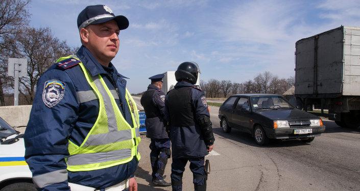 Ukrainian traffic policemen