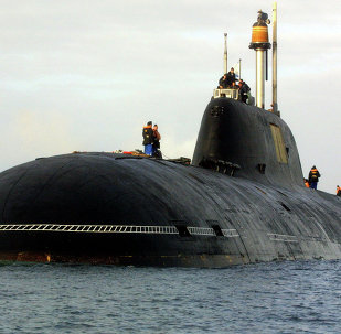 A file picture taken in Brest harbor, western France, on September 21, 2004, shows the Vepr Russian nuclear submarine of the Project 971 Shchuka-B type, or Akula-class (Shark) by NATO classification , the same type as the Nerpa Russian nuclear submarine