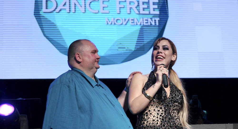 Sputnik's own Cassandra Fairbanks helped organize a celebrity-packed night of revelry, all to spread an endearing message about tolerance and the infantile practice of fat-shaming.