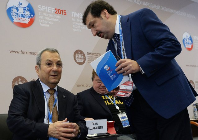 Ehud Barak, Prime Minister of Israel (1999–2001), left, and Vladimir Mau, Rector, Russian Presidential Academy of National Economy and Public Administration