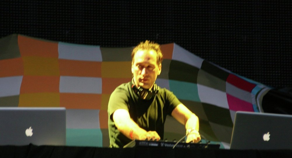 World Famous DJ Paul van Dyk Banned By Arab Countries for Inviting Israeli Musicians