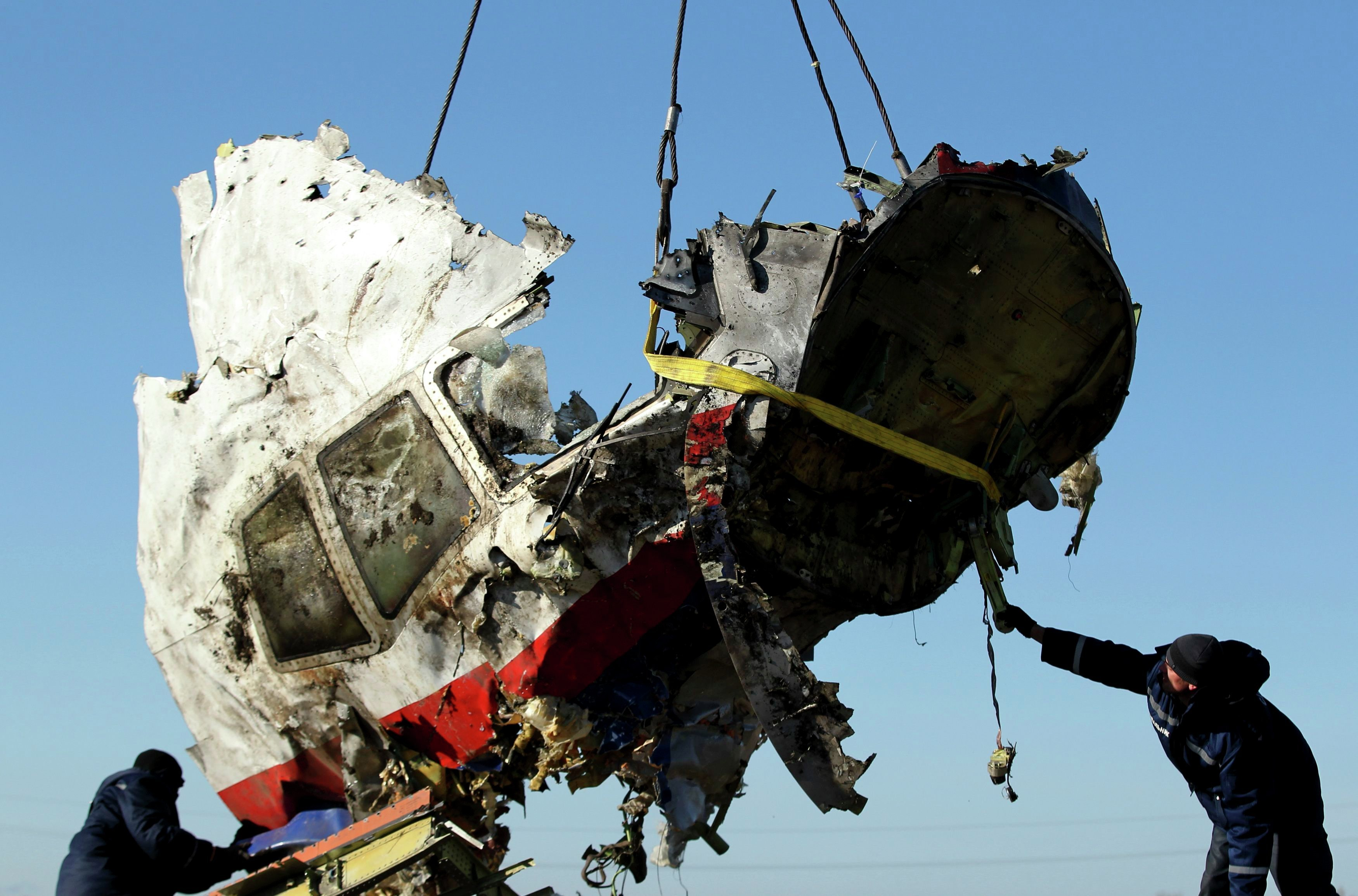 Is US Hiding Truth About MH17 Tragedy to Wage Information ...