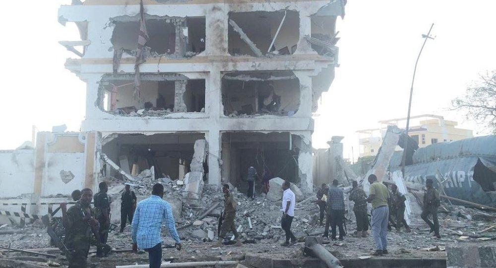 A large blast rocks the Somalian capital Mogadishu
